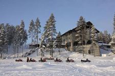 Отель Калевала, территория зимой