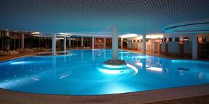 Отель Naantali SPA, бассейн в спа
