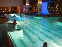 Spa Hotel Casino, купание вечером