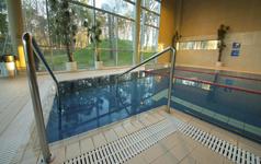 Гостиница LaulasmaaSPA, маленький бассейн