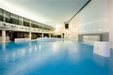 Отель Meriton Grand&Spa, бассейн
