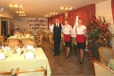 Отель Томо, ресторан