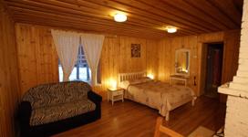люкс коттедж на 2 чела, спальня в студии