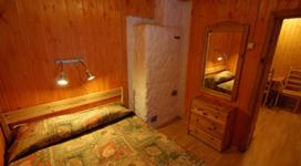 стандартный коттедж на 4 чела, спальня 2