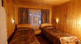 комфортный коттедж на 4 чела, спальня 2