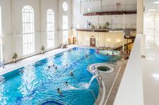 Лесная сказка, крытый бассейн