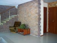 база отдыха Лосевская, лестница в холле