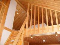 Коттеджи Куккапяя, лестница на 2 этаж