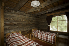 Вилла Riihitulkku, спальня с двумя раздельными кроватями